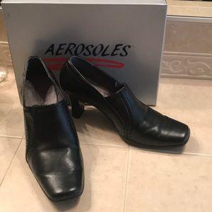 "Aerosoles Black Size 8.5M Bootie with 2"" Heel"